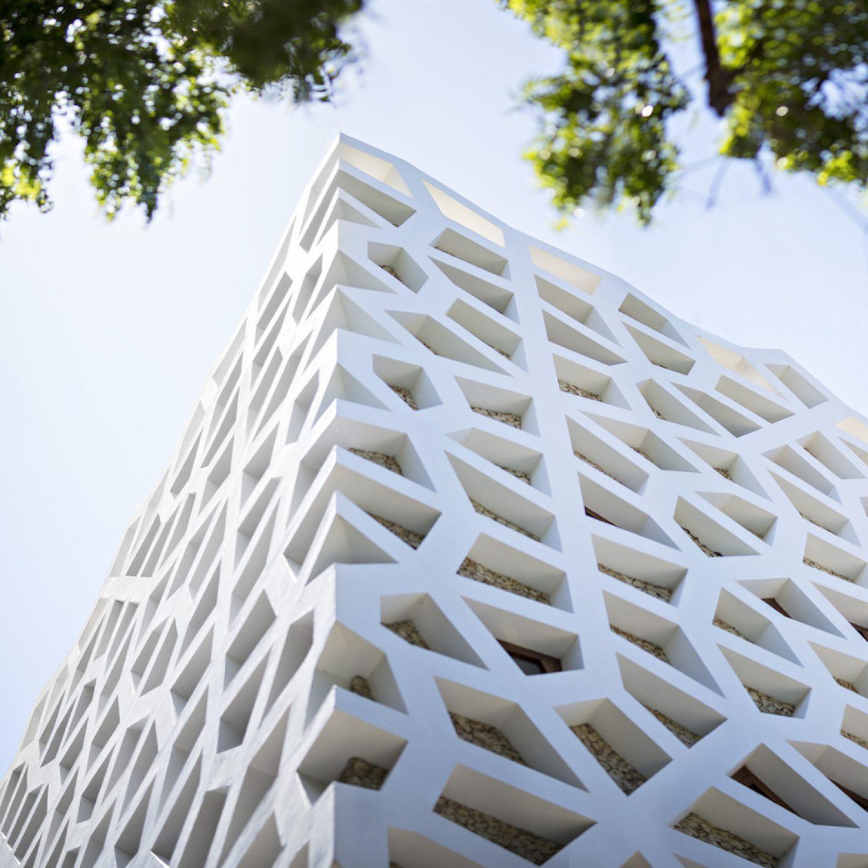 Urko_Sanchez_Architects_-_Tudor_Apartments_00