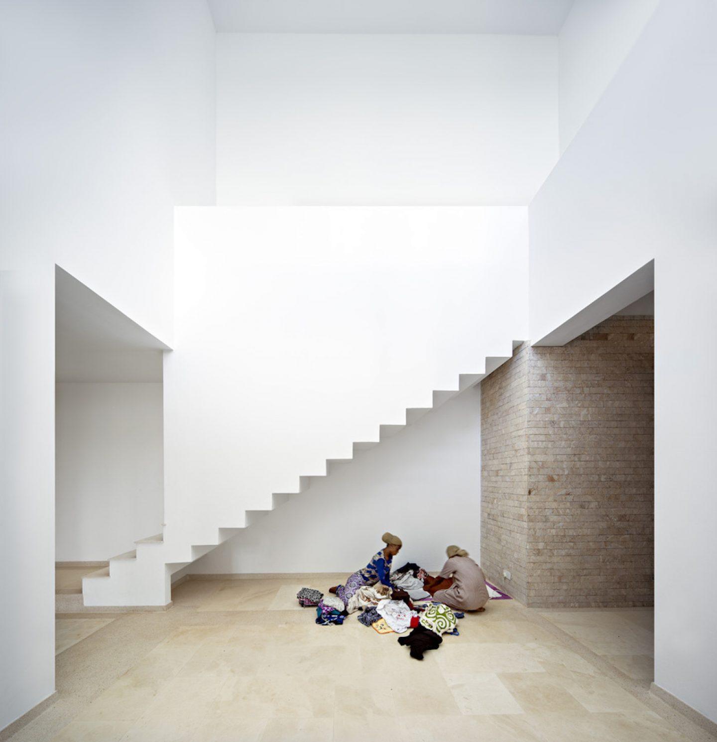 Urko_Sanchez_Architects_-_Tudor_Apartments_09