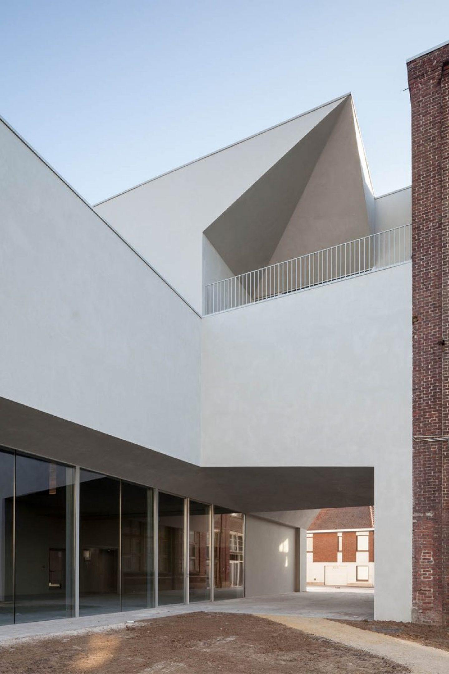 iGNANT_Architecture_Aires_Mateus_LOCI_7