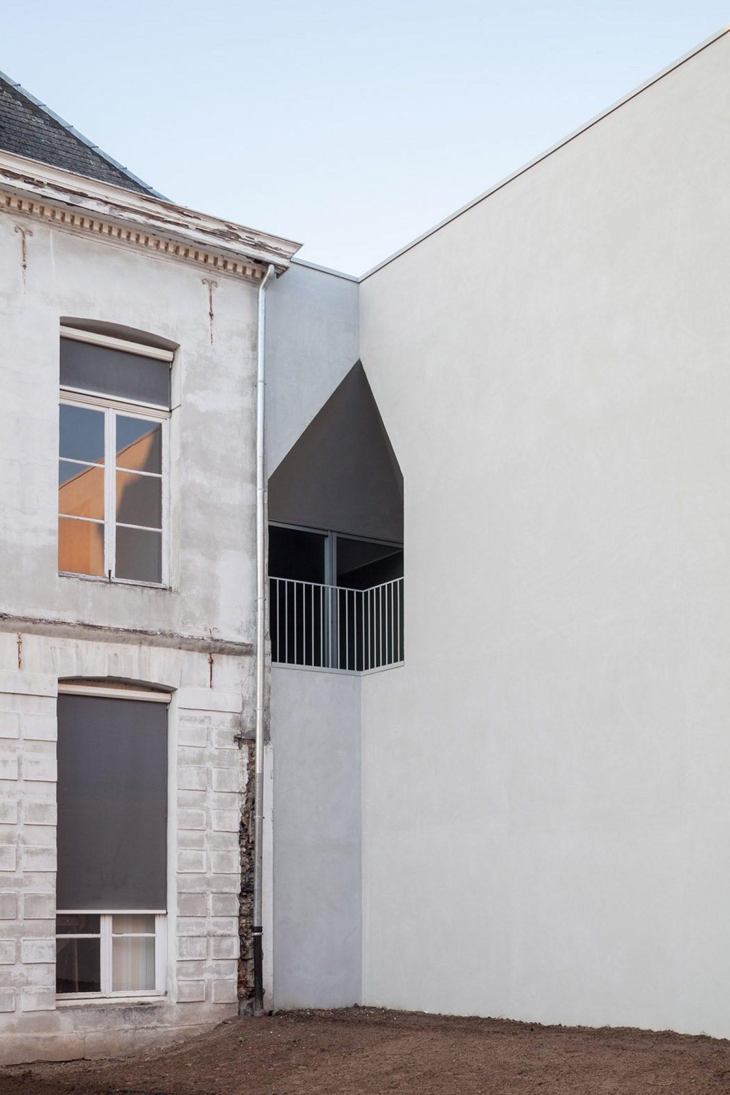 iGNANT_Architecture_Aires_Mateus_LOCI_9