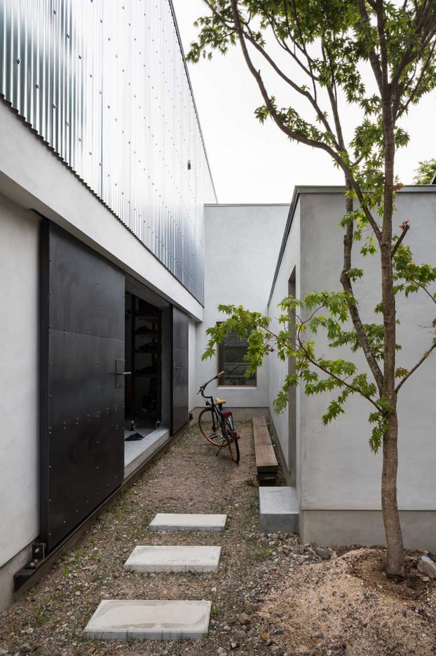 iGNANT_Architecture_House_For_A_Photographer_FORM_Kouichi_Kimura_Architects_5