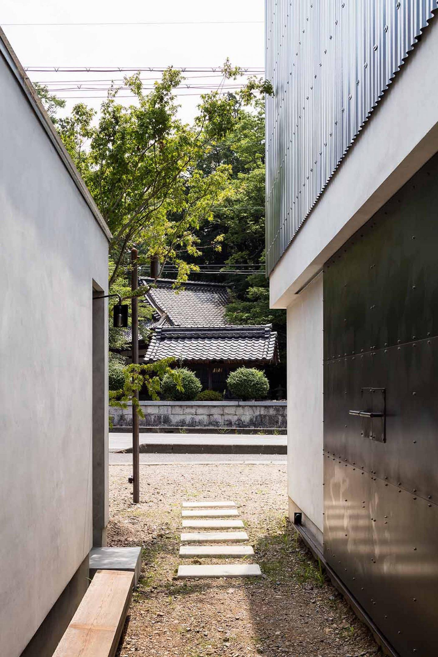 iGNANT_Architecture_House_For_A_Photographer_FORM_Kouichi_Kimura_Architects_6