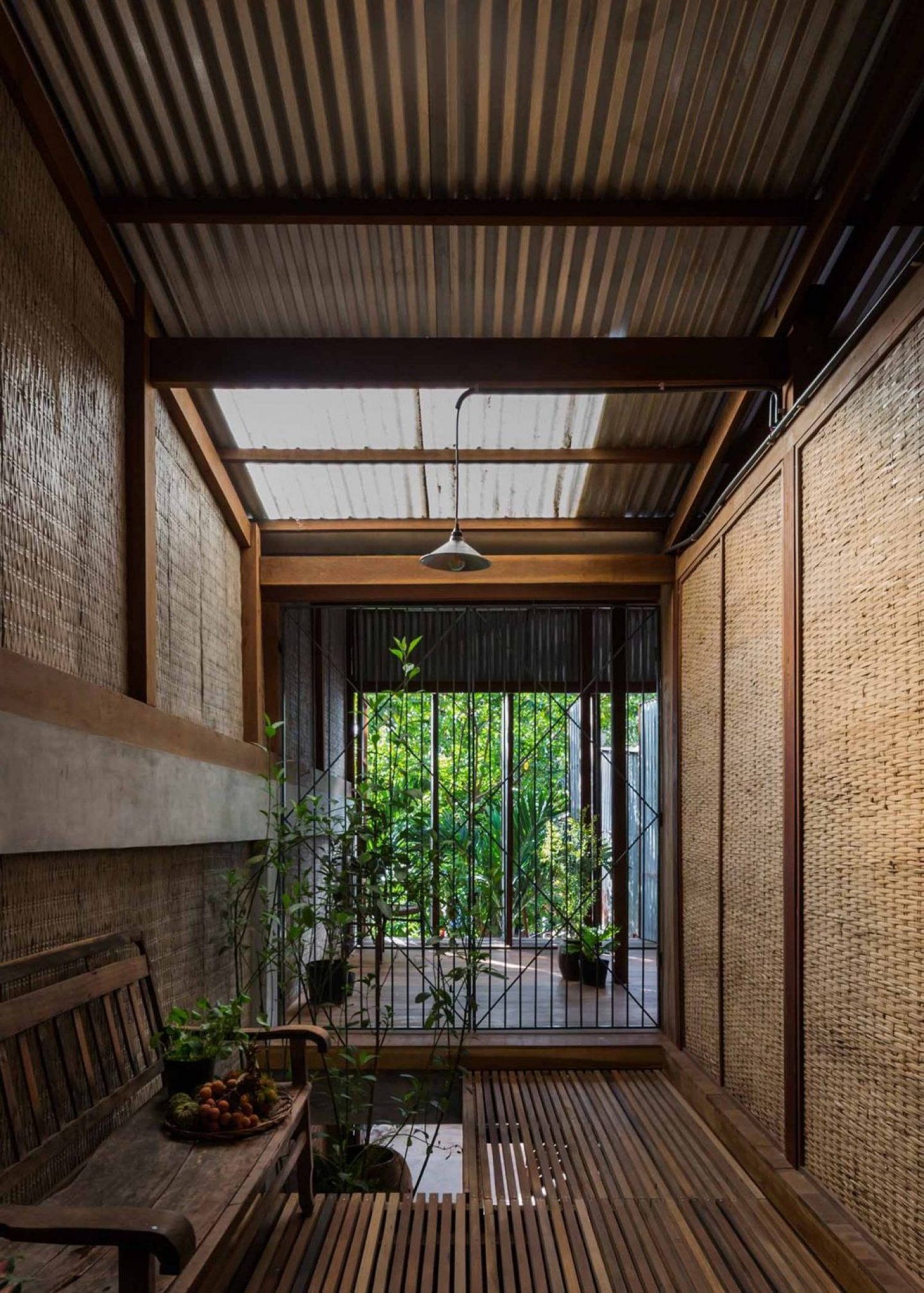 iGNANT_Architecture_House_In_Chau_Doc_NISHIZAWAARCHITECTS_22