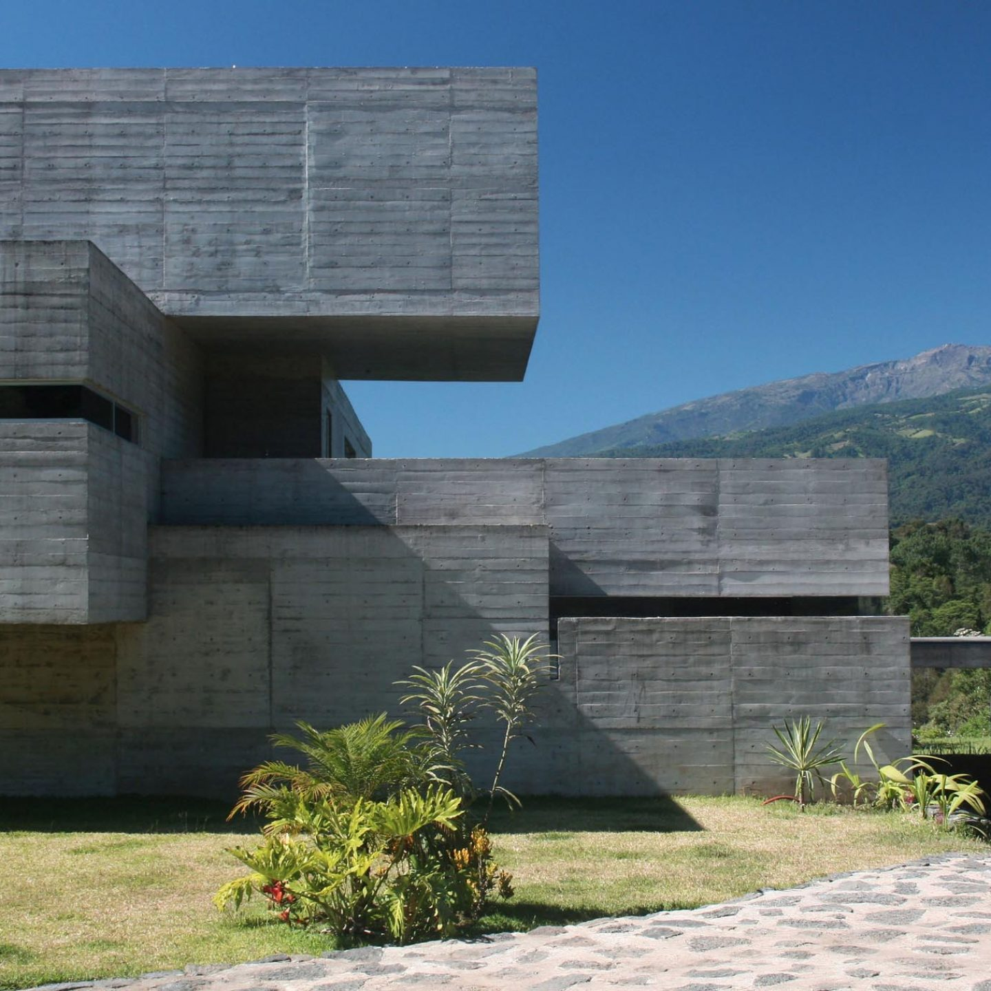 iGNANT_Architecture_Oyamel_House_RP_Arquitectos_h