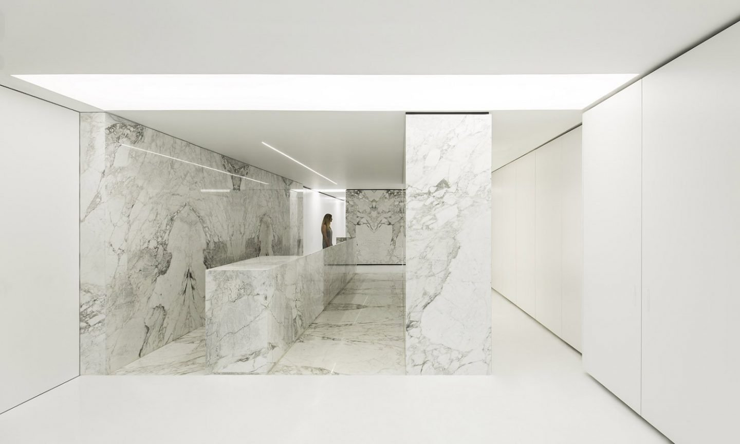 iGNANT_Architecture_PETRA_The_Stone_Atelier_Fran_Silvestre_Arquitectos_1