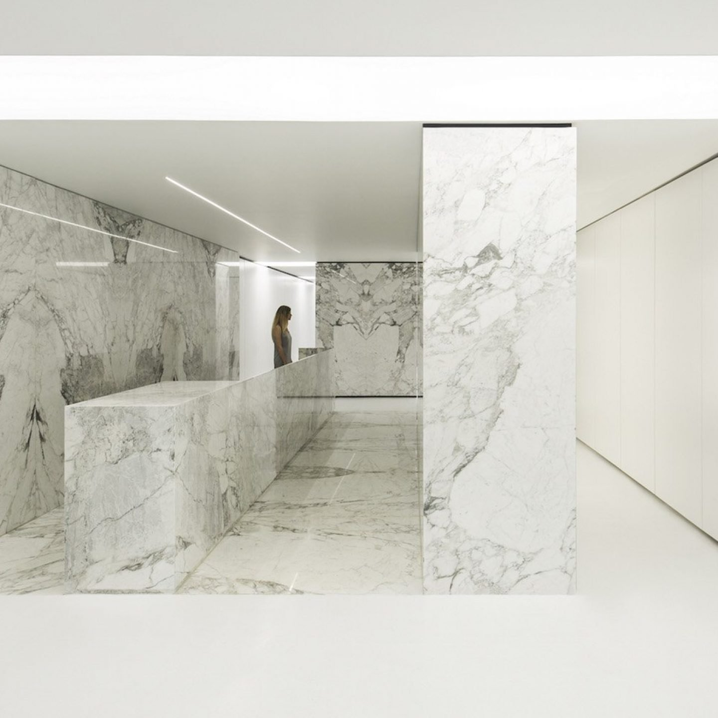 iGNANT_Architecture_PETRA_The_Stone_Atelier_Fran_Silvestre_Arquitectos_hl