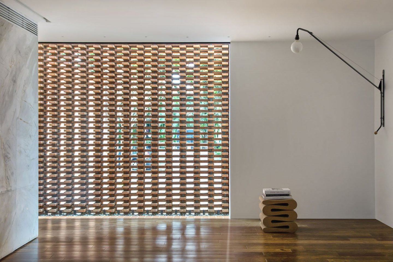iGNANT_Architecture_Studio_Guilherme_Torres_Office_10
