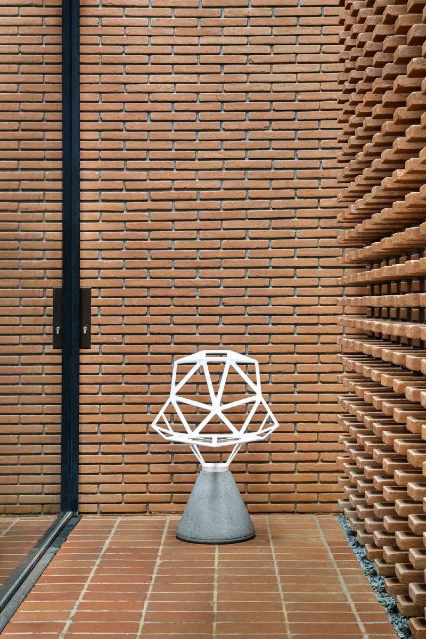 iGNANT_Architecture_Studio_Guilherme_Torres_Office_3