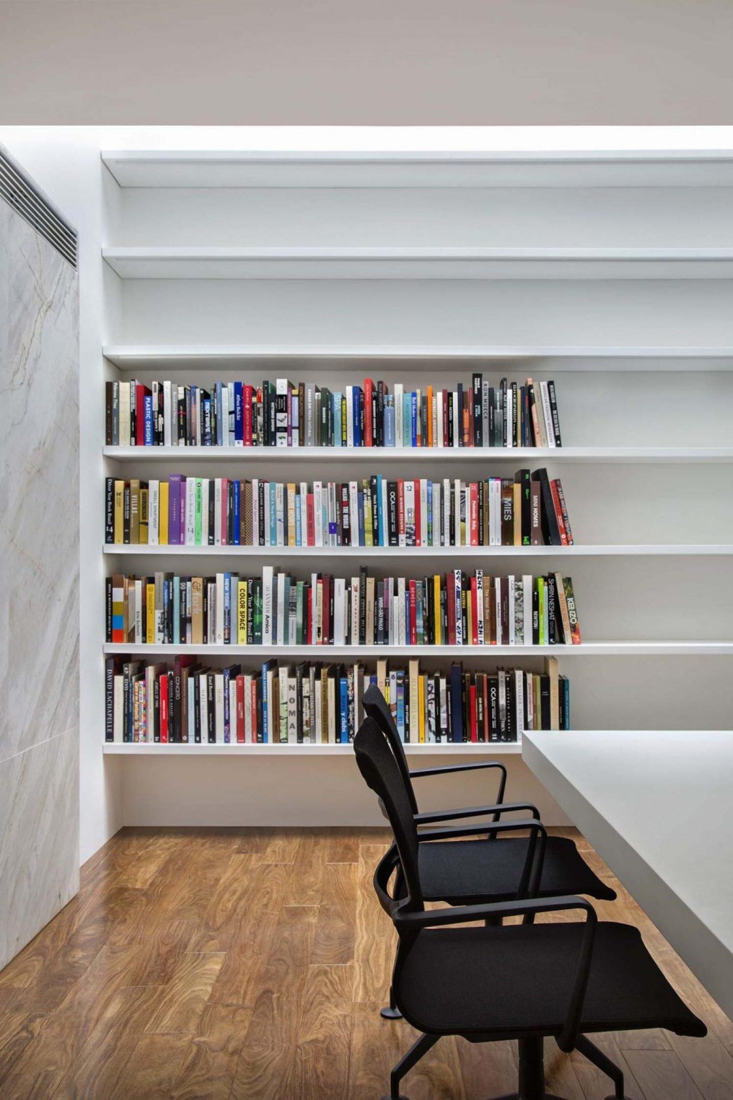iGNANT_Architecture_Studio_Guilherme_Torres_Office_5