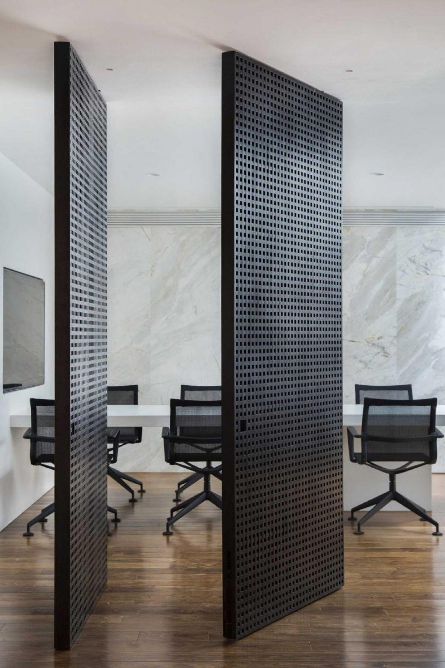 iGNANT_Architecture_Studio_Guilherme_Torres_Office_7