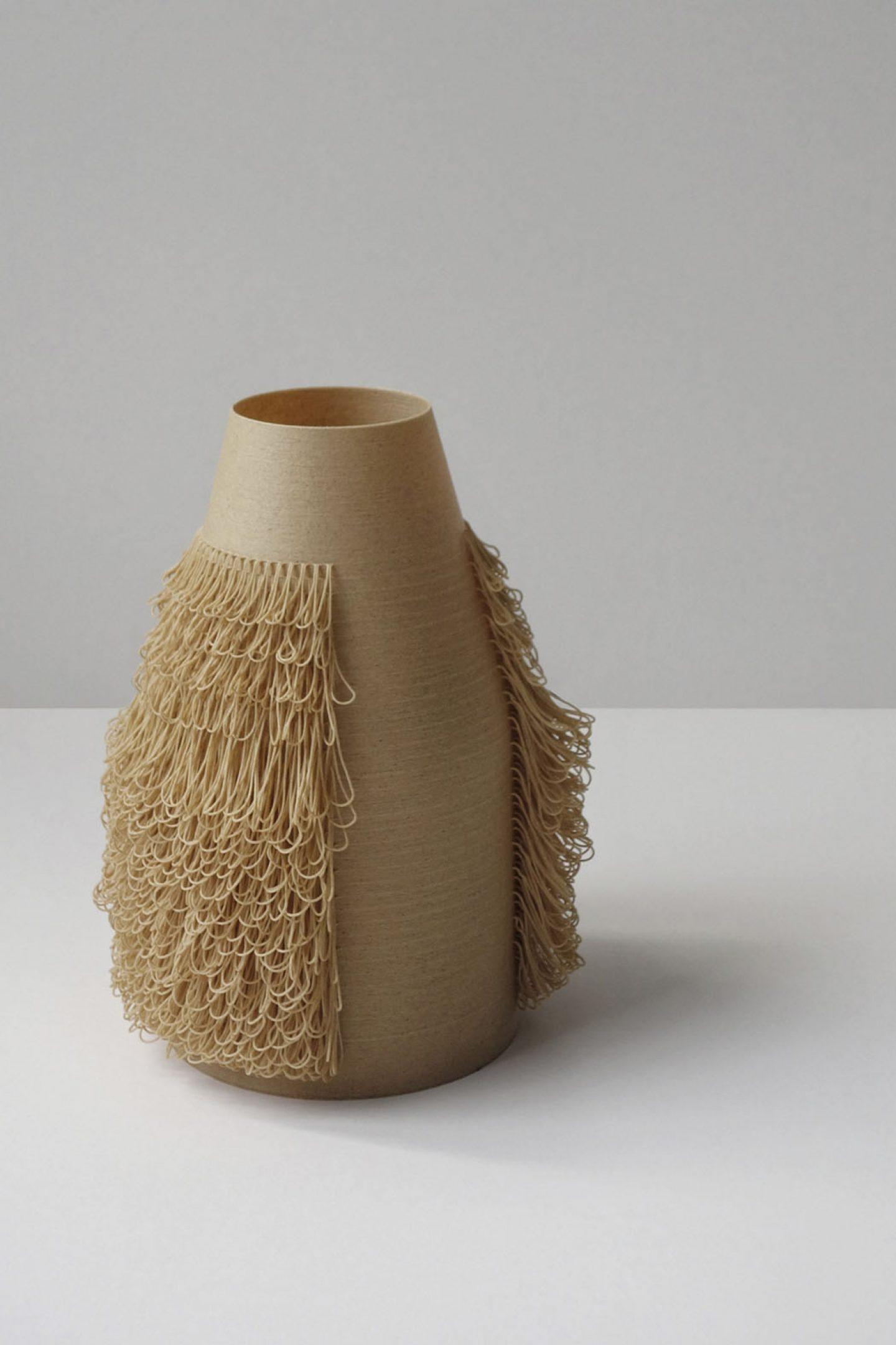 iGNANT_Design_Aybar_Poilu_Vases_2