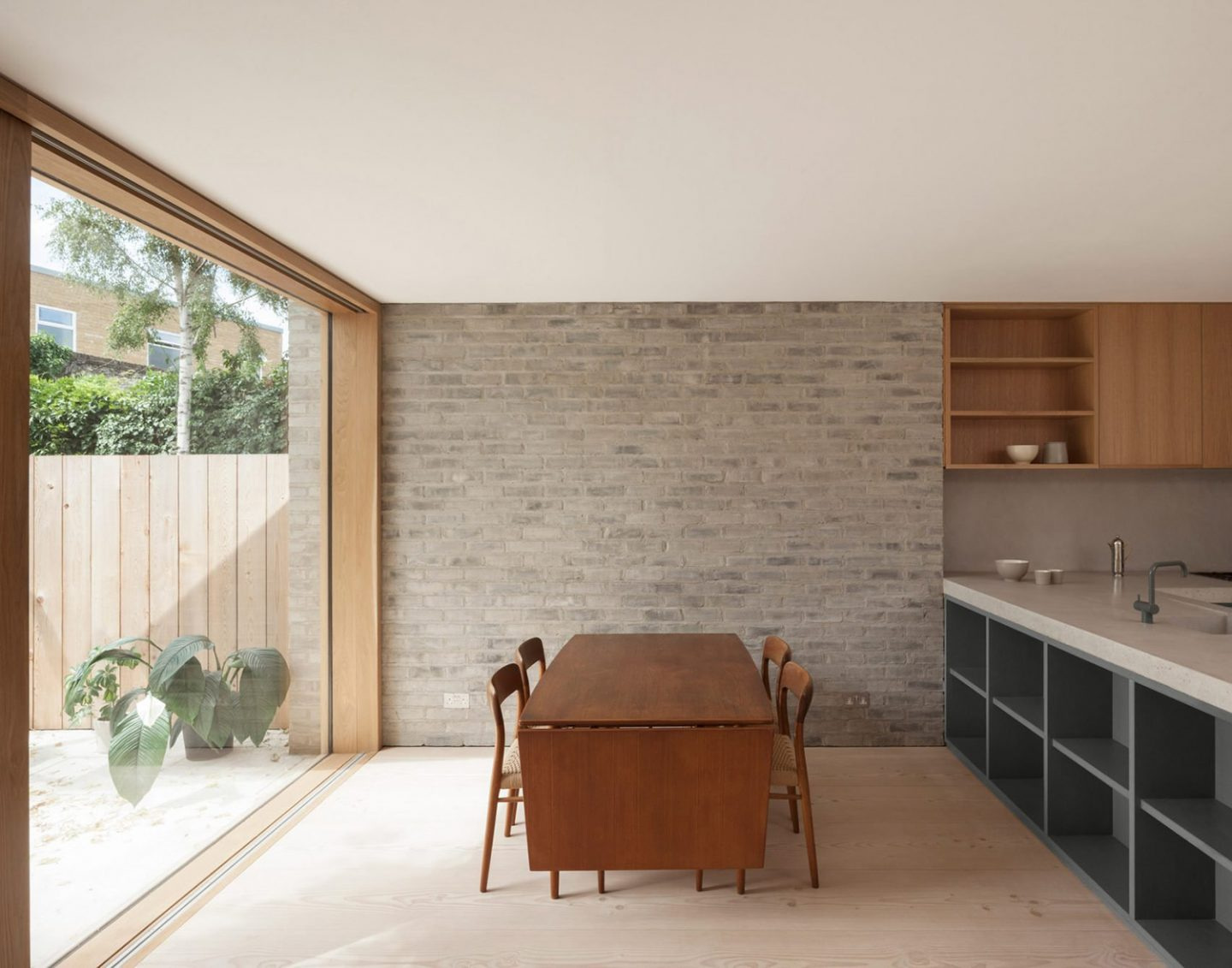 iGNANT_Architecture_AlJawad_Pike_London_Stoke_Newington_Renovation_3