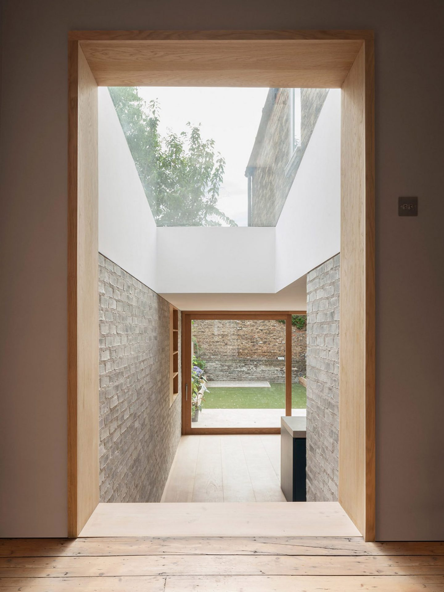 iGNANT_Architecture_AlJawad_Pike_London_Stoke_Newington_Renovation_5