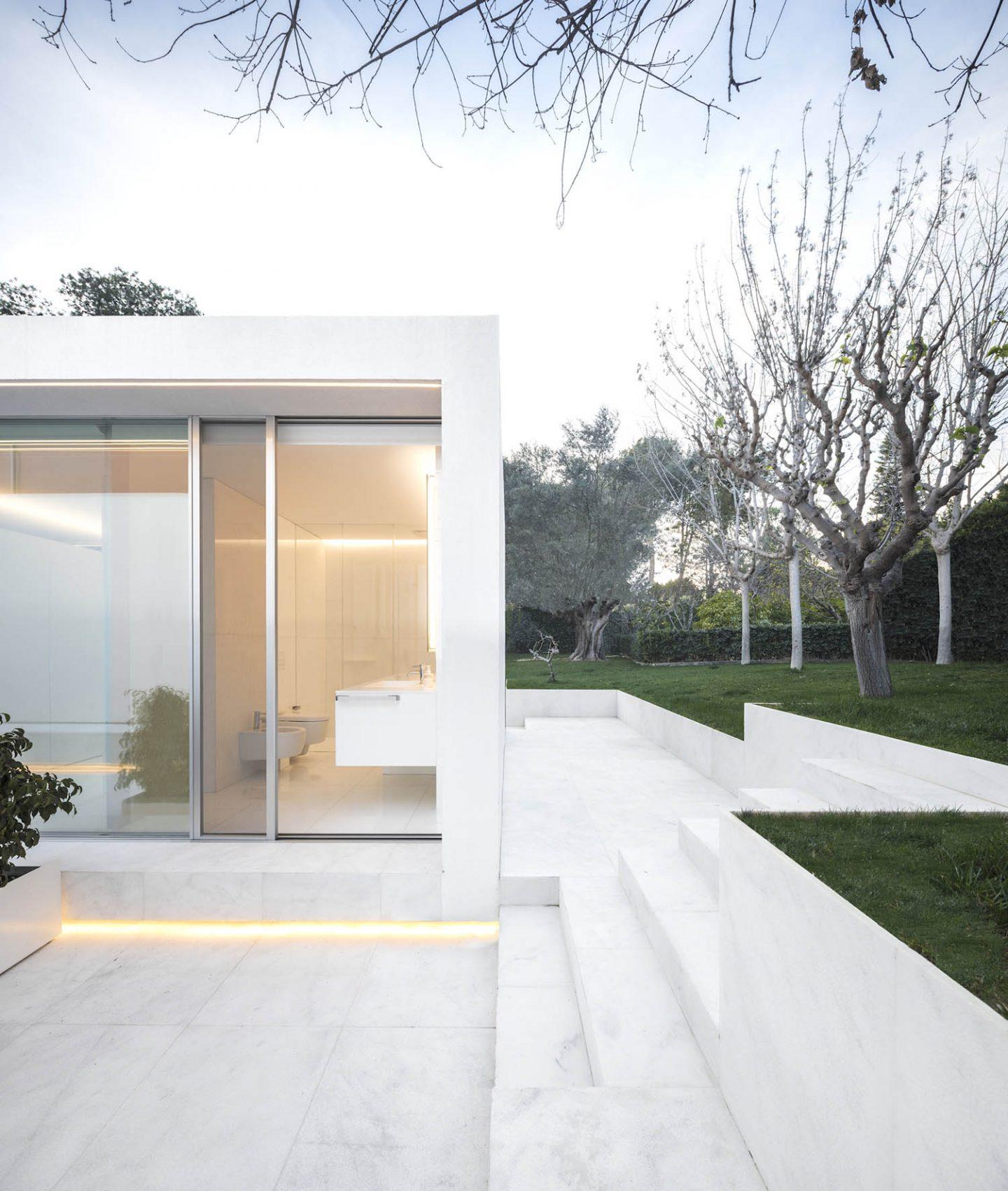 iGNANT_Architecture_Fran_Silvestre_Arquitectos_Guest_Pavilion_Valencia_11