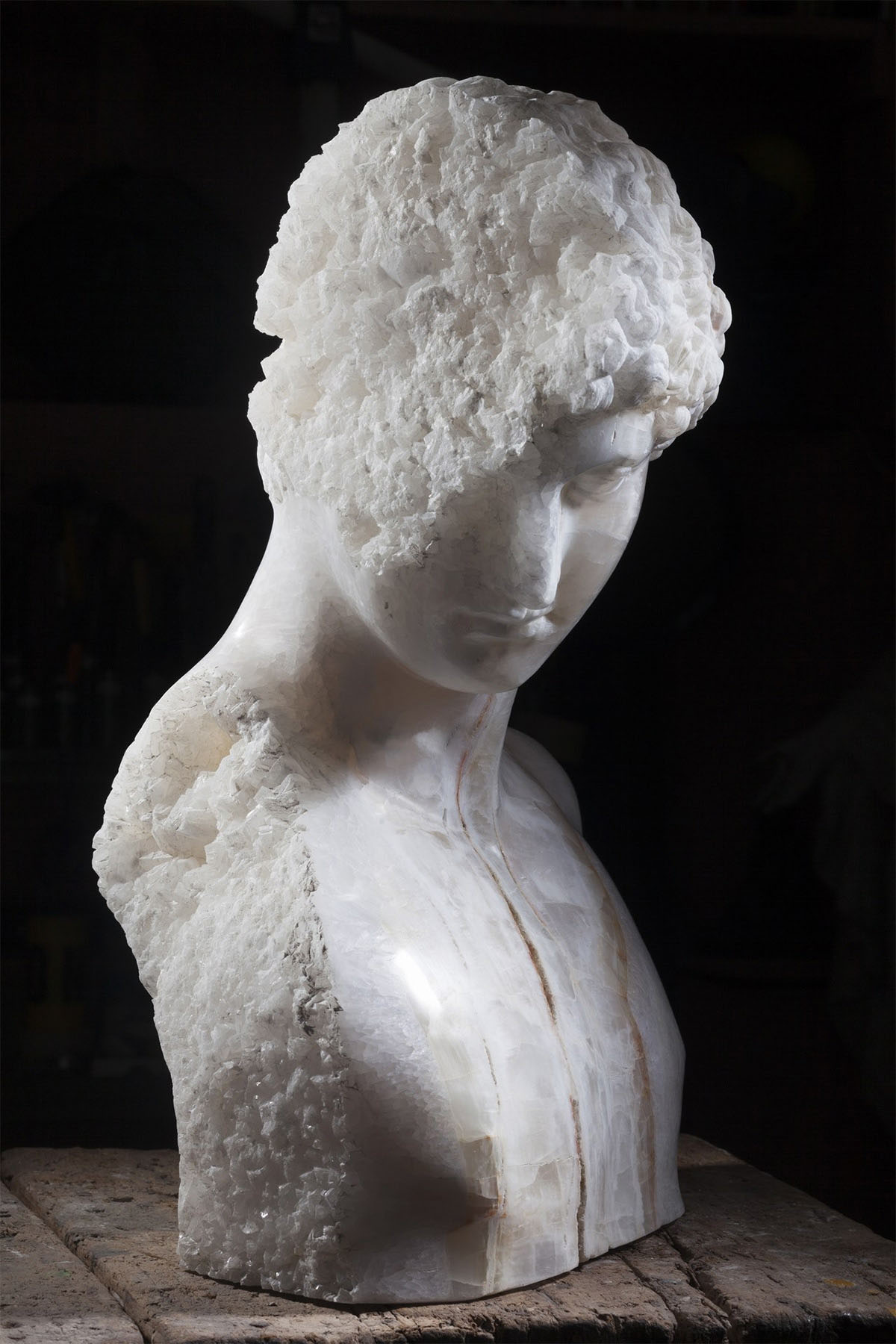 iGNANT_Art_Massimilianio_Pelletti_Ancient_Sculptures_8