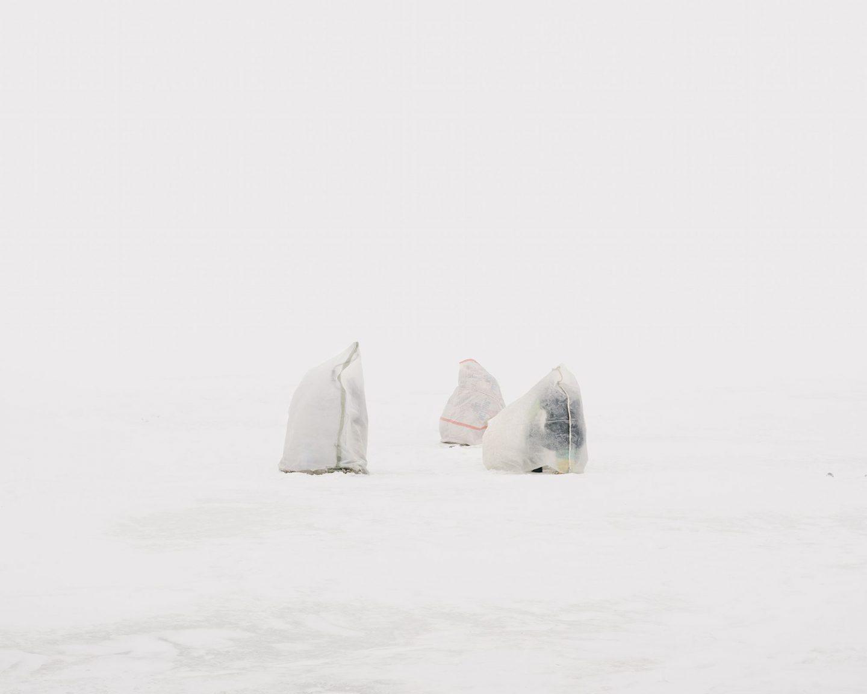 iGNANT_Photography_Aleksey_Kondratyev_Ice_Fishers_9