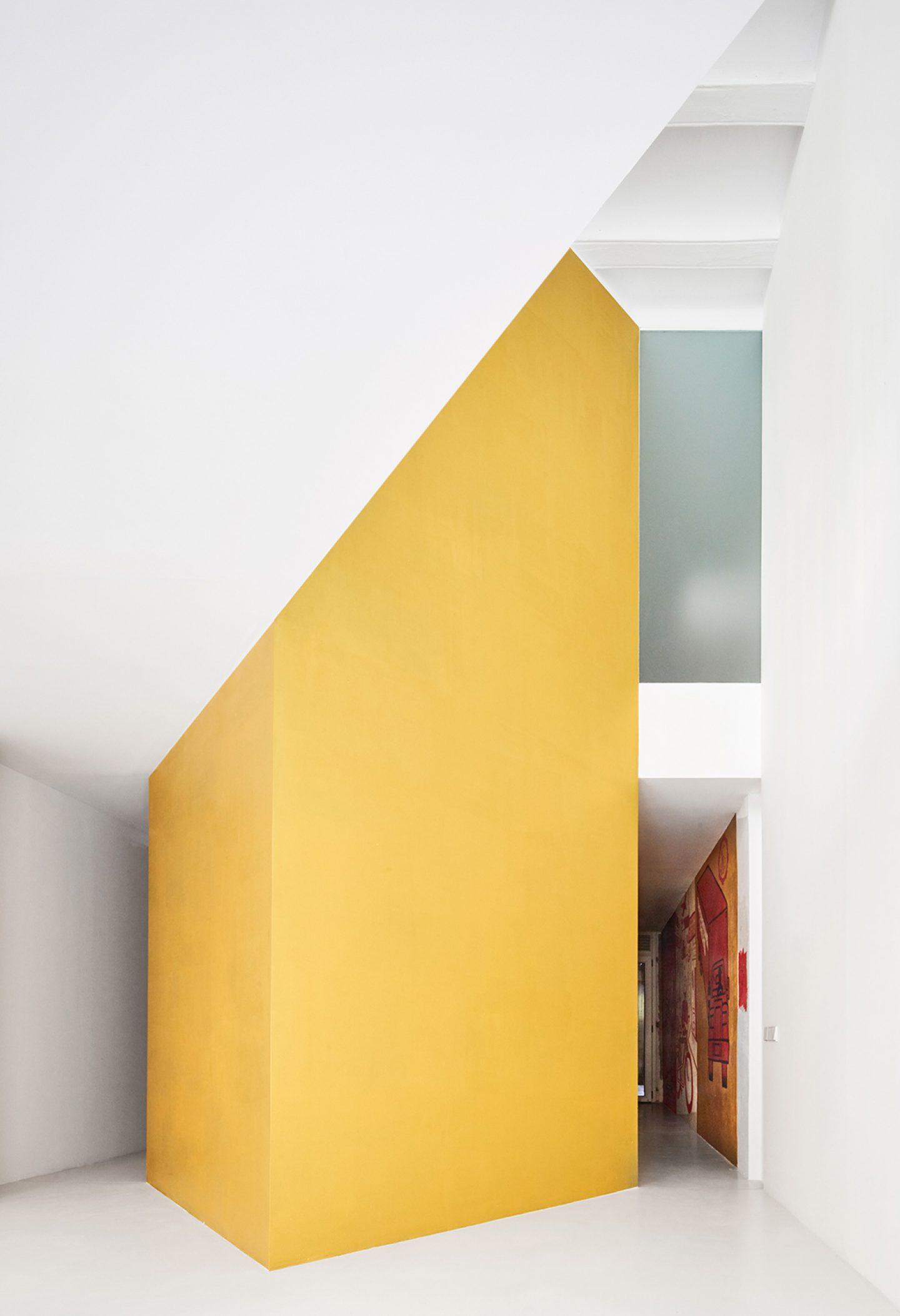 iGNANT_Architecture_Duplex_Tibbaut_Raul_Sanchez_11