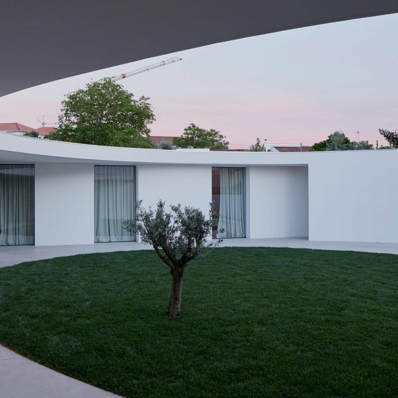 iGNANT-Architecture-Ansiao-House-Bruno-Dias-Arquitectura-13