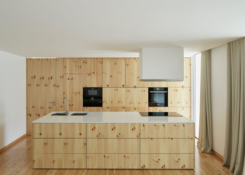 iGNANT-Architecture-Ansiao-House-Bruno-Dias-Arquitectura-8