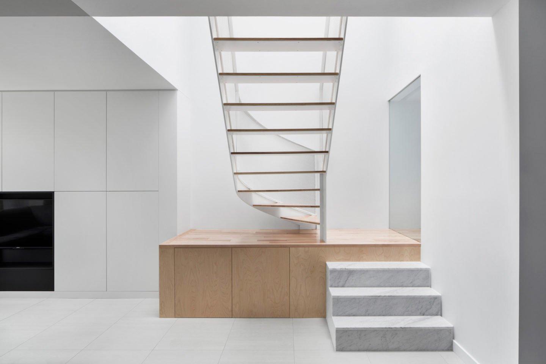iGNANT-Architecture-De-La-Roche-Residence-Nature-Humaine-1