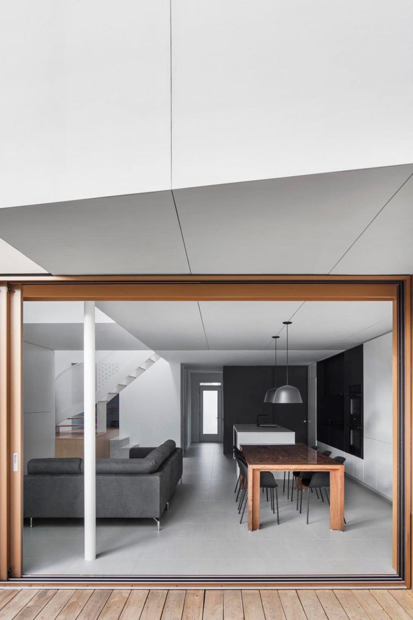 iGNANT-Architecture-De-La-Roche-Residence-Nature-Humaine-16