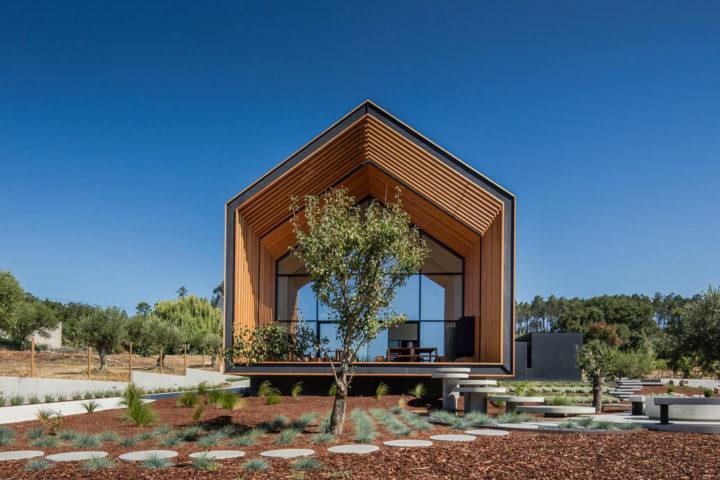 iGNANT-Architecture-Filipe-Saraiva-Ourem-House-2