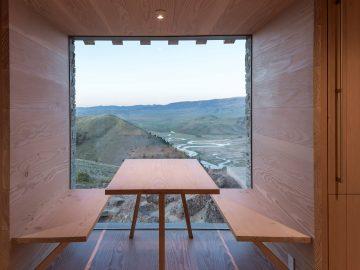 iGNANT-Architecture-McLean-Quinlan-Stone-House-007