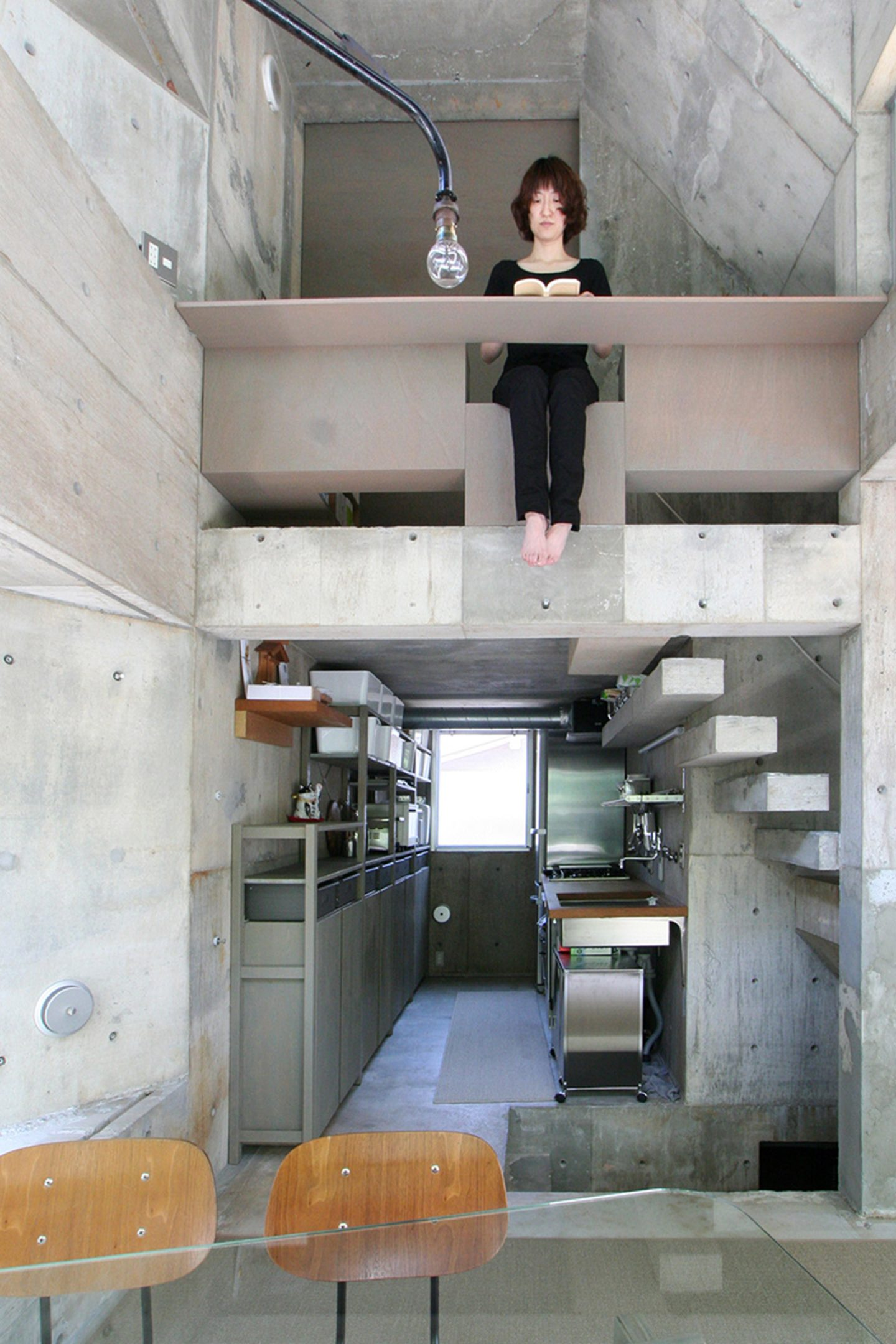 iGNANT-Architecture-Shinsuke-Fuji-Architects-Oriel-Window-House-Office-Japan-006