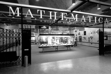 Installation view of Mathematica, California Museum of Science and Industry, Los Angeles 1961 ∏ Eames Office LLC