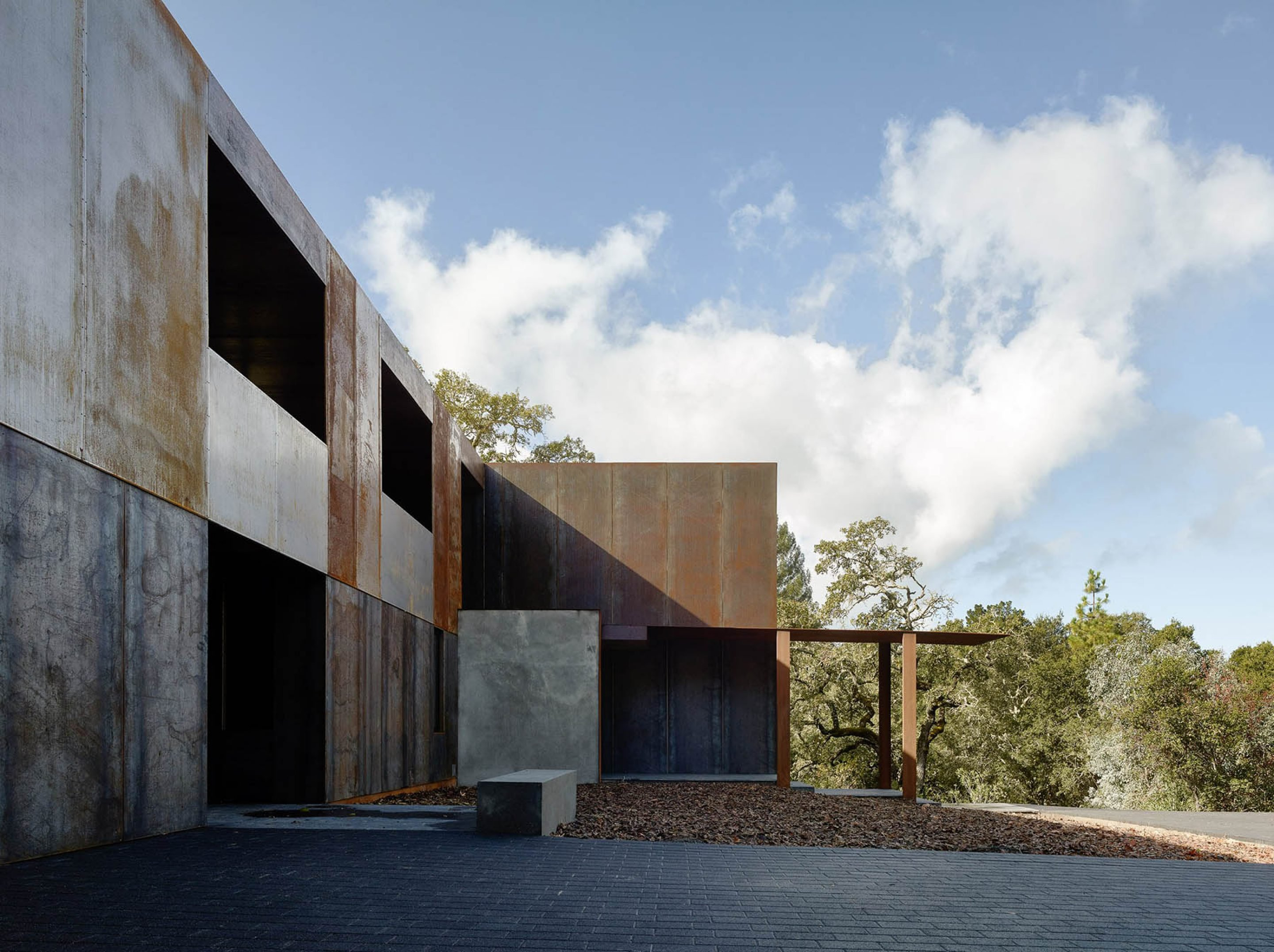iGNANT-Architecture-Faulker-Architects-Weathering-Steel-Home-003