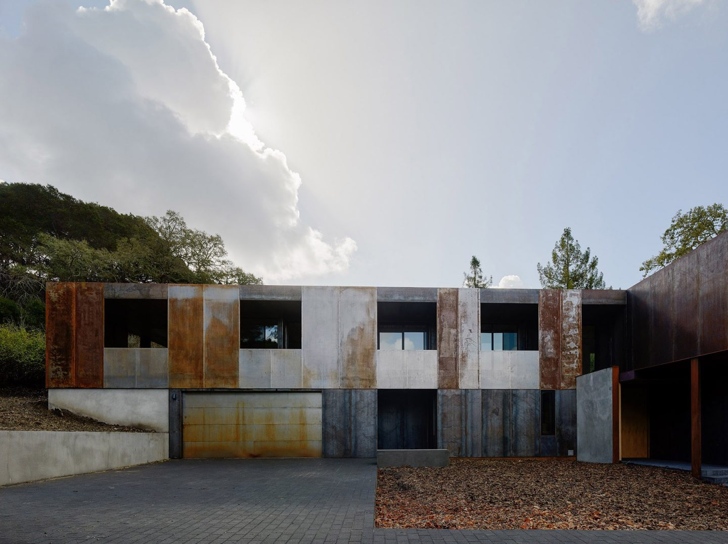 iGNANT-Architecture-Faulker-Architects-Weathering-Steel-Home-014
