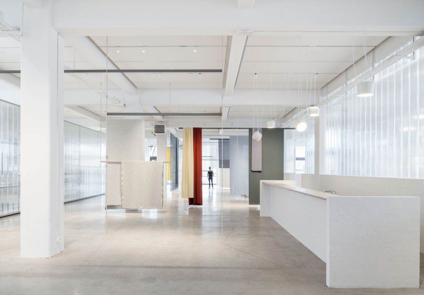 iGNANT-Design-Bouroullec-Studio-Kvadrat-Showroom-Copenhagen-09