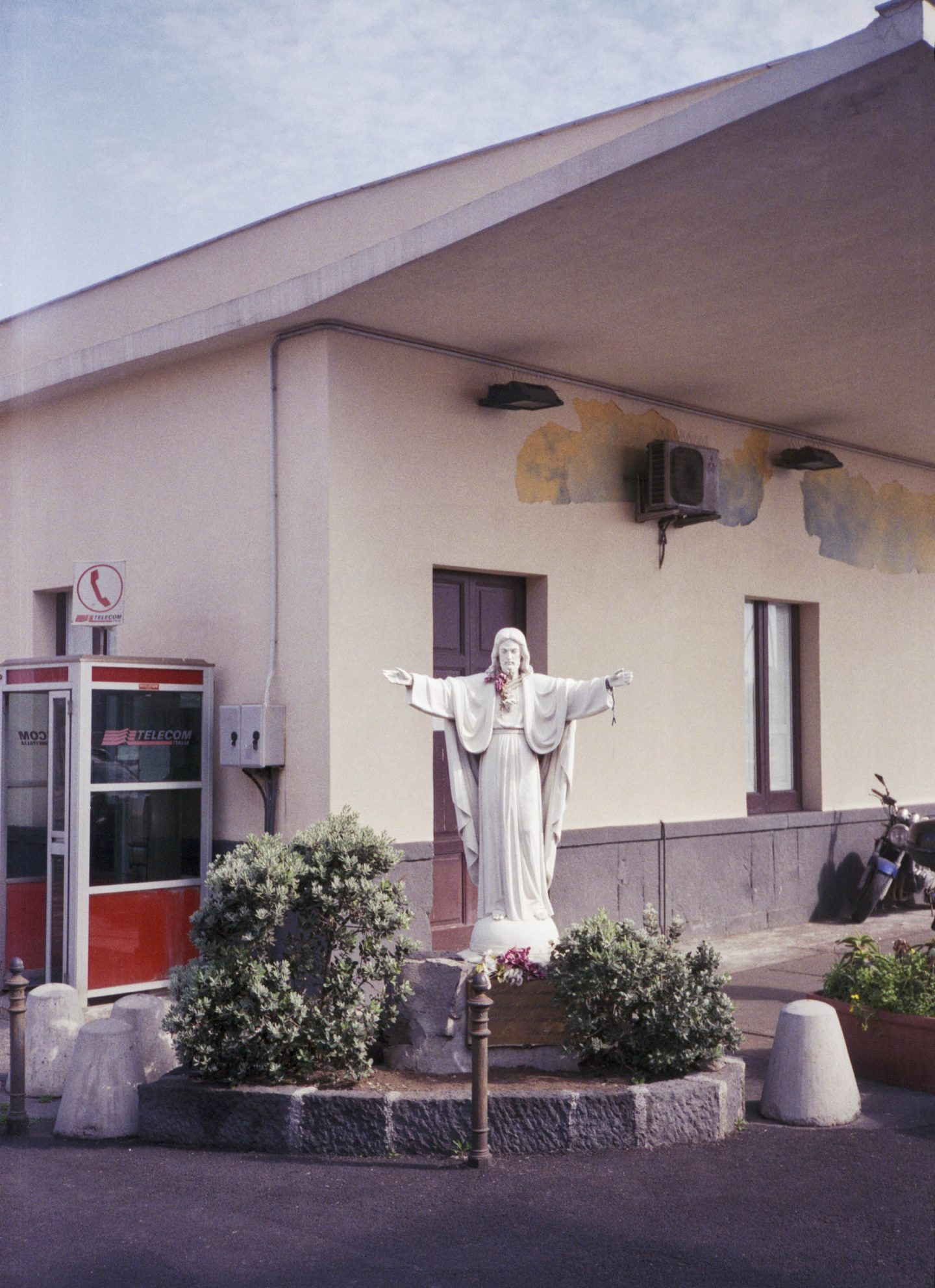 iGNANT-Stefan-Giftthaler-Statues-02