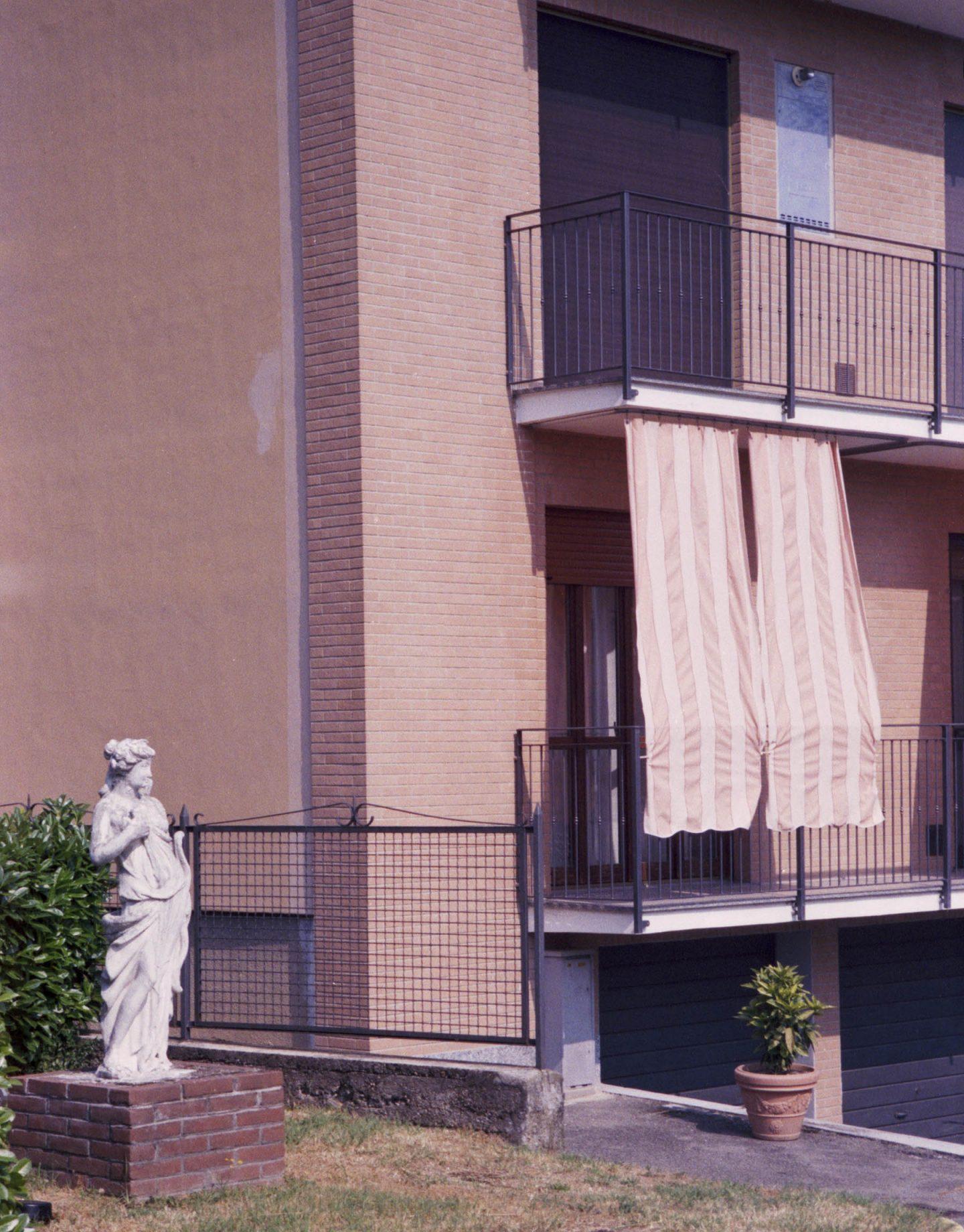 iGNANT-Stefan-Giftthaler-Statues-10