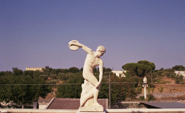 iGNANT-Stefan-Giftthaler-Statues-13