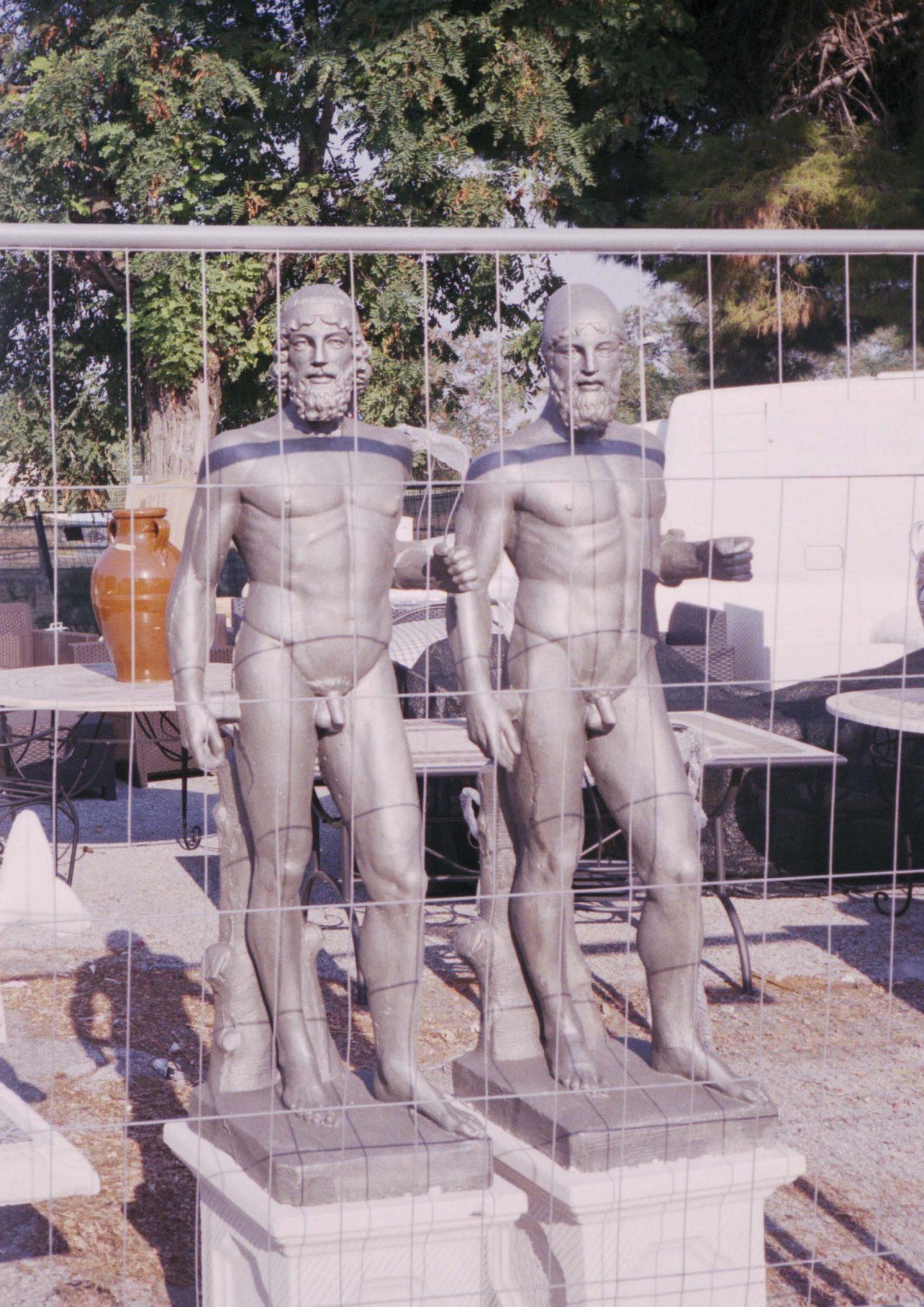 iGNANT-Stefan-Giftthaler-Statues-15