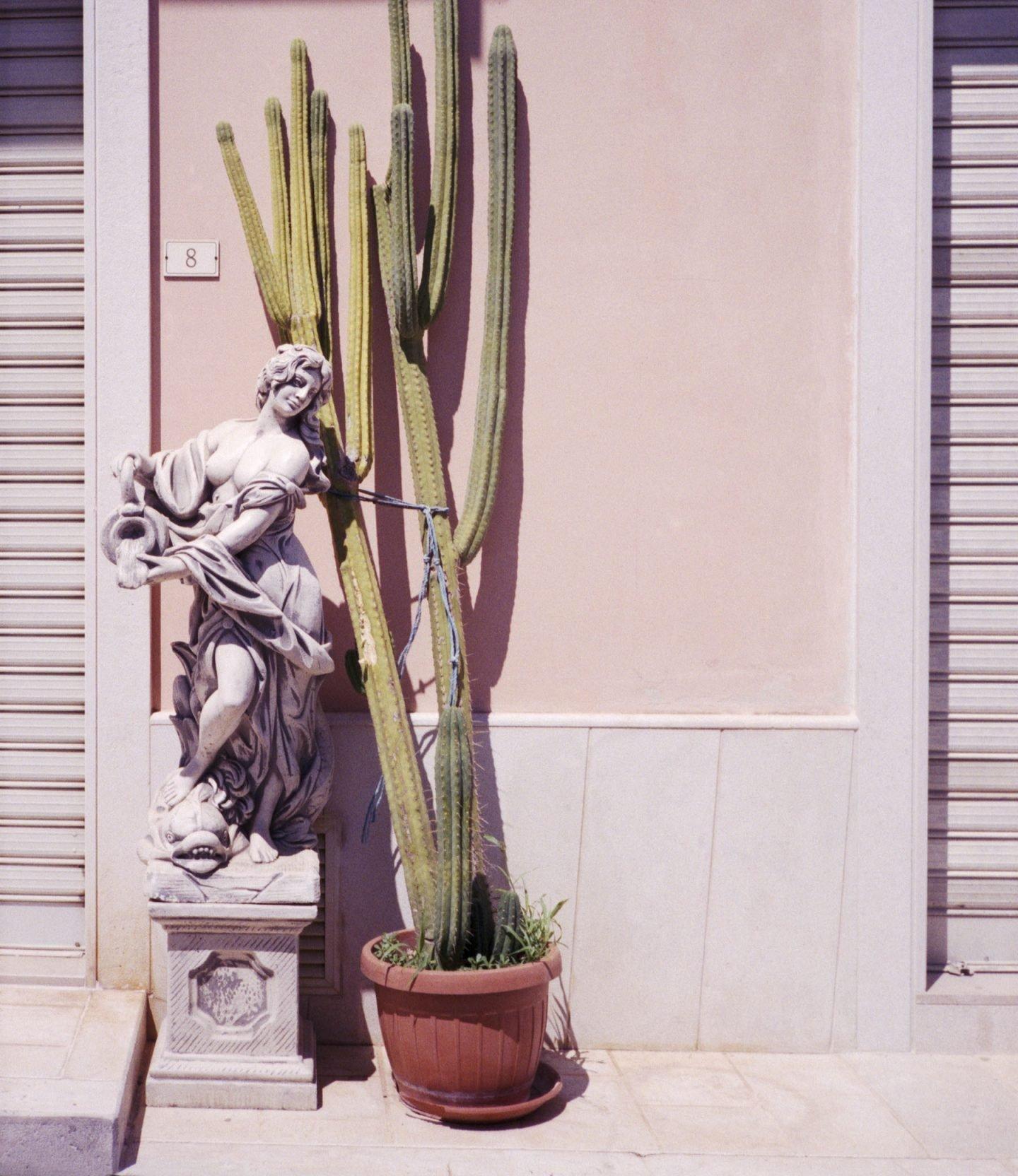 iGNANT-Stefan-Giftthaler-Statues-16