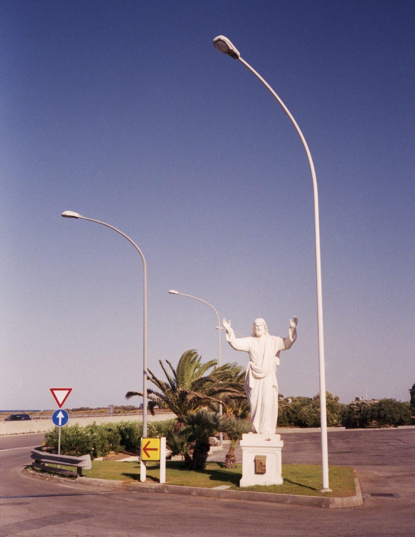 iGNANT-Stefan-Giftthaler-Statues-24