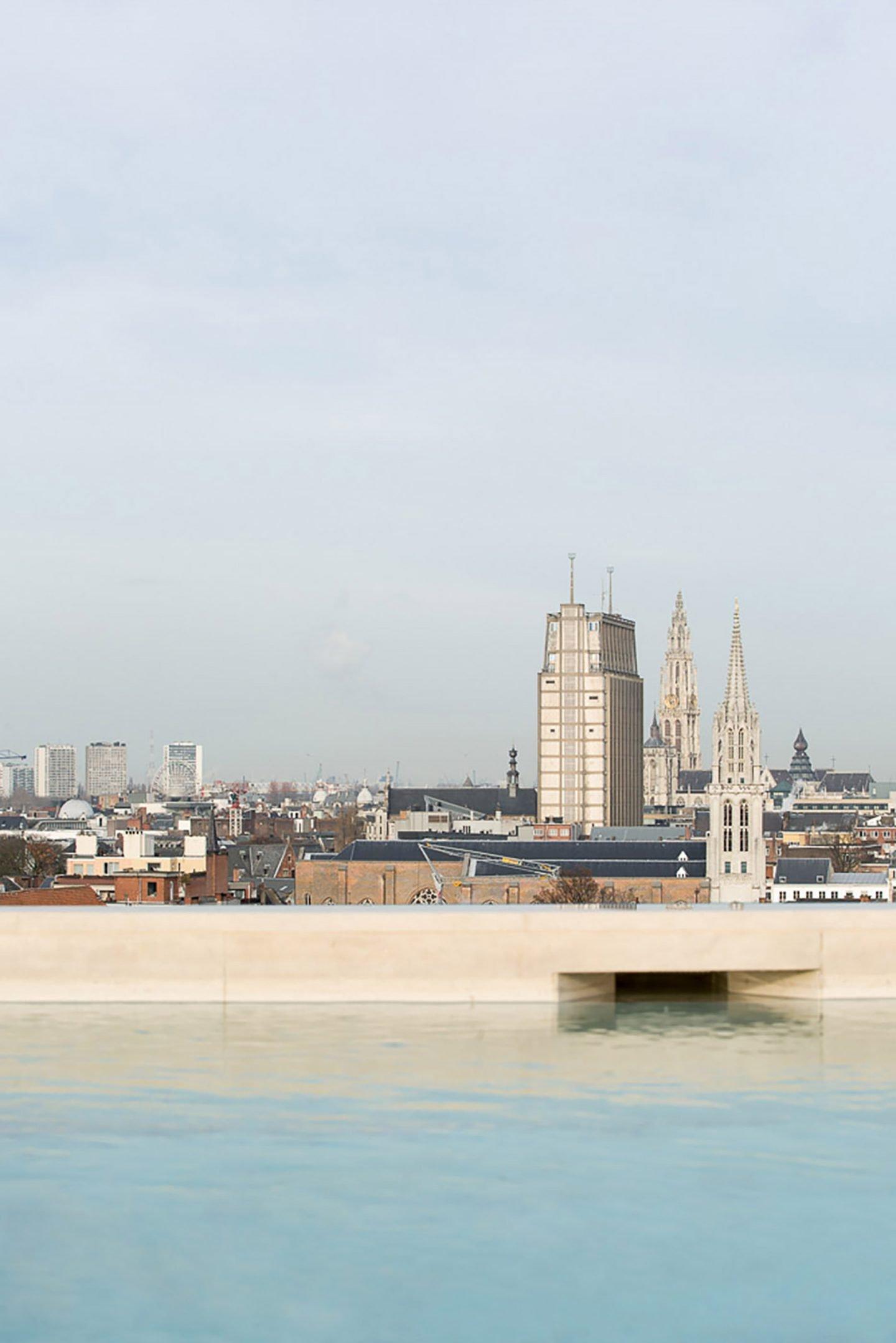 iGNANT-Architecture-HAns-Verstuyft-Penthouse-Antwerp-021