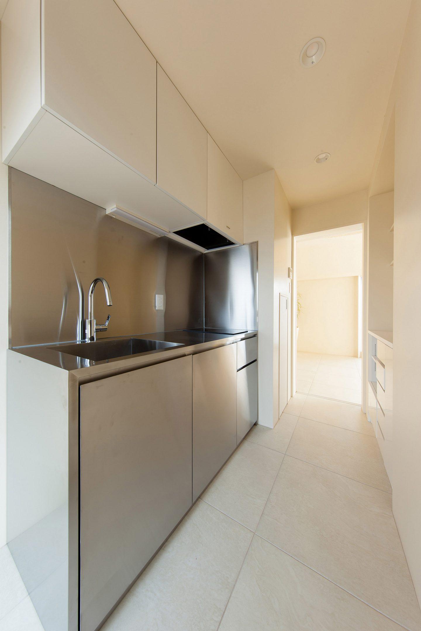 iGNANT-Architecture-Hiroyuki-Ogawa-Shibuya-Apartment-09