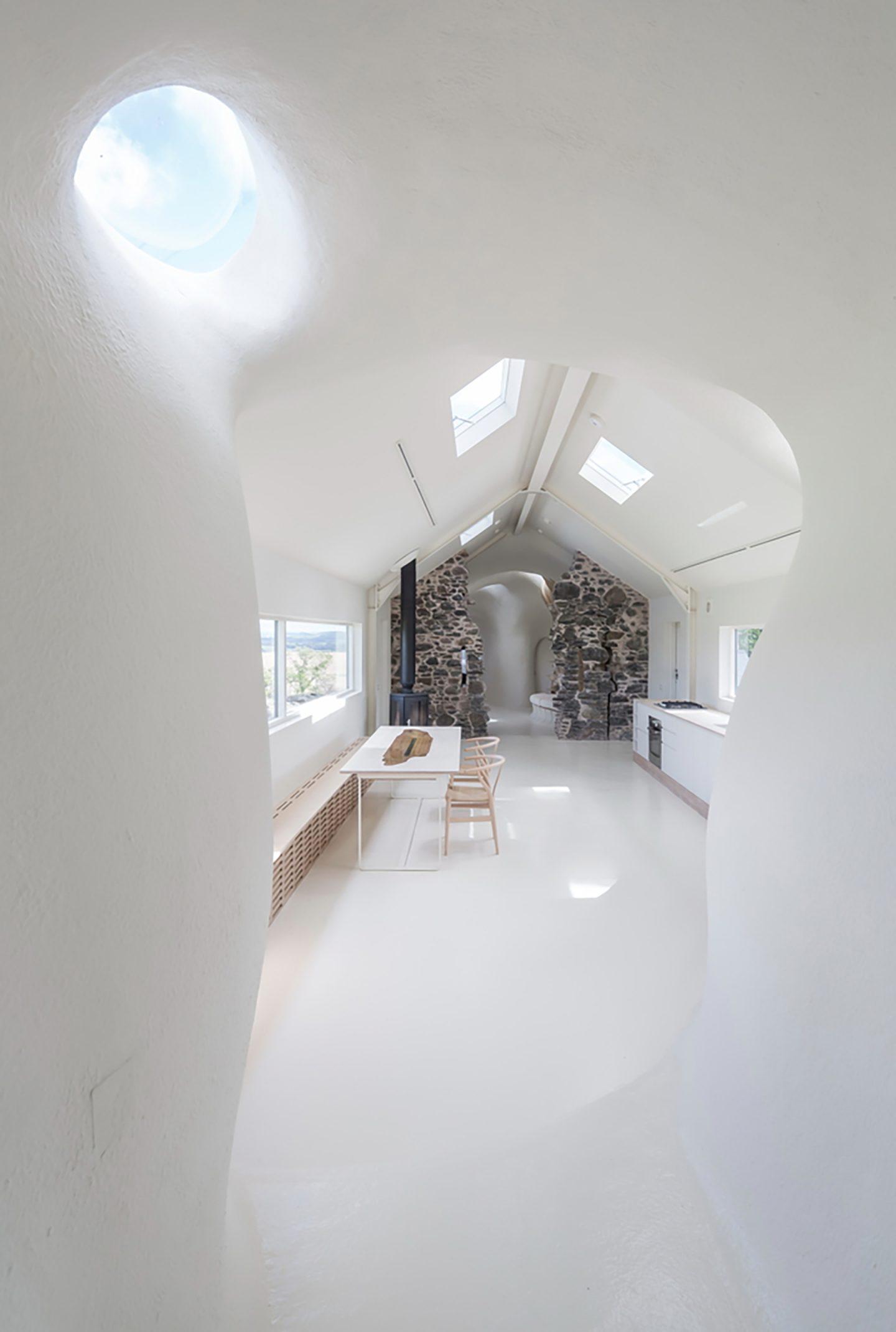 iGNANT-Architecture-Lily-Jencks-Studio-Nathanael-Dorent-Architecture-Ruin-Studio-09