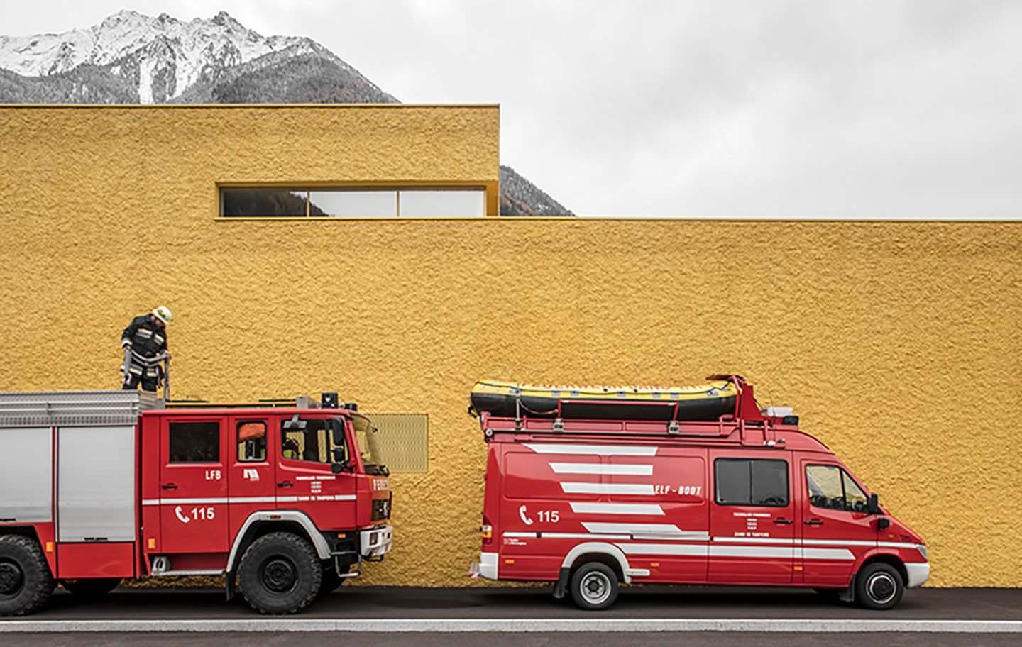 iGNANT-Architecture-Pedevilla-Architects-Fire-Station-004
