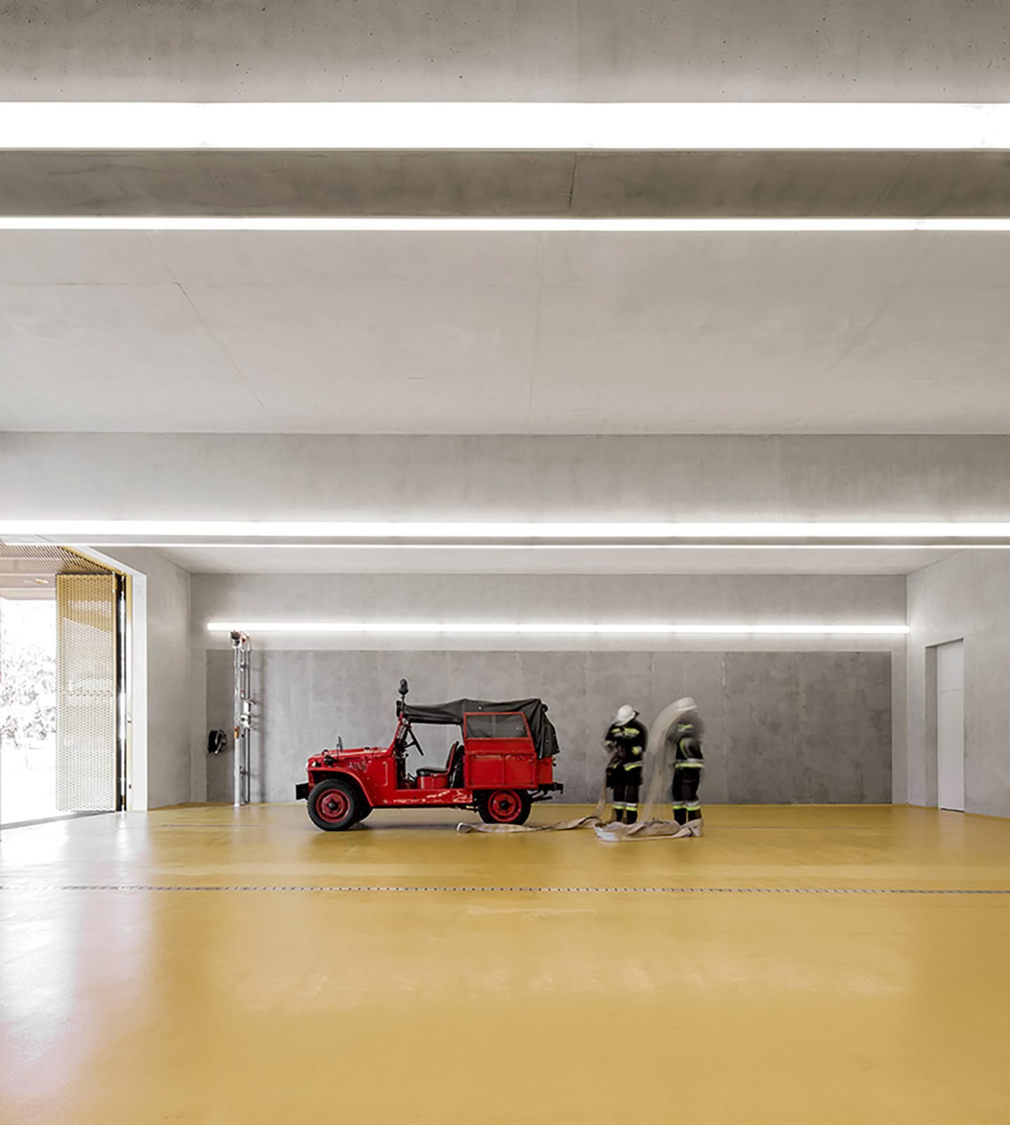 iGNANT-Architecture-Pedevilla-Architects-Fire-Station-005
