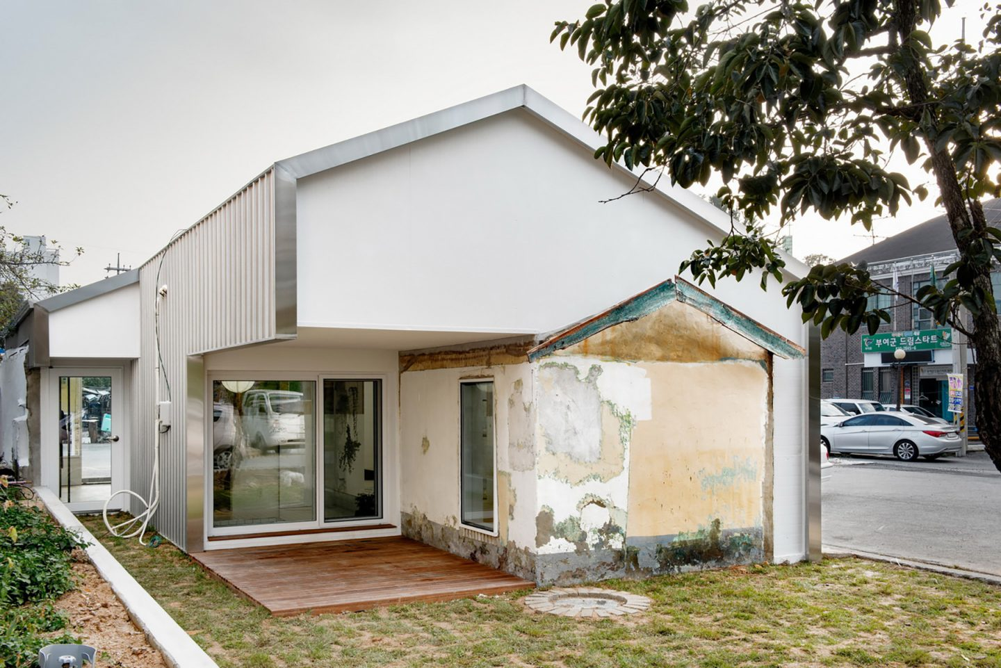 iGNANT-Architecture-Starsis-Layered-House-011