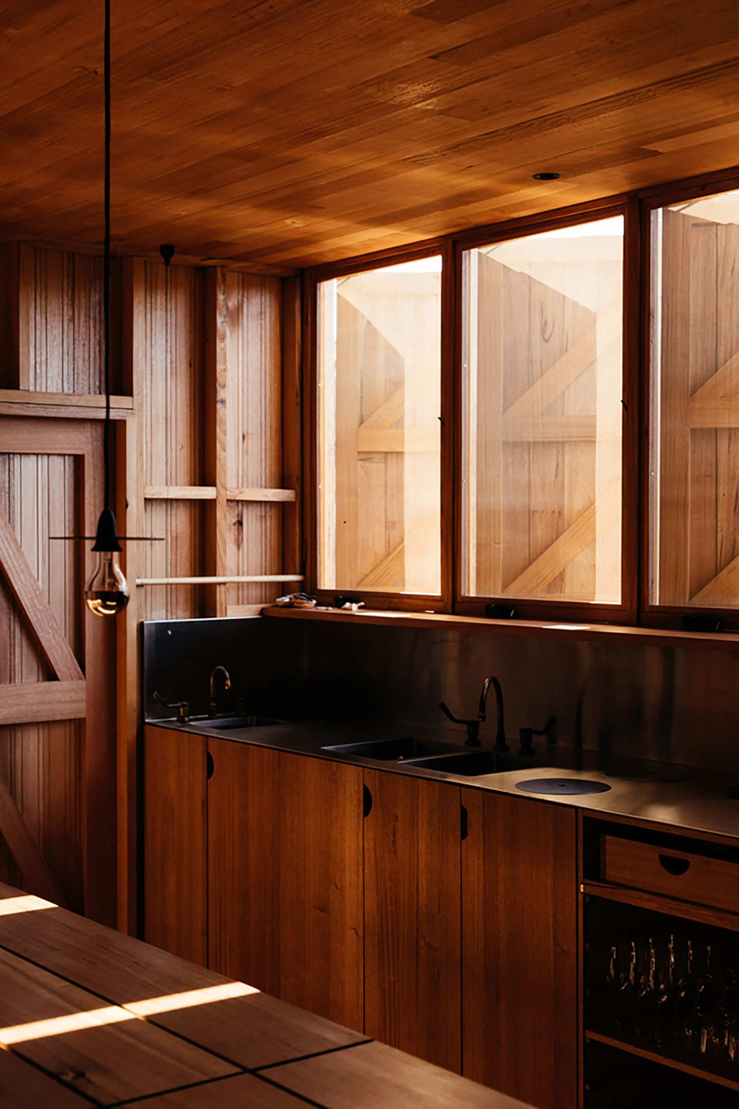 iGNANT-Architecture-Taylor-Hinds-Krakani-Lumi-006