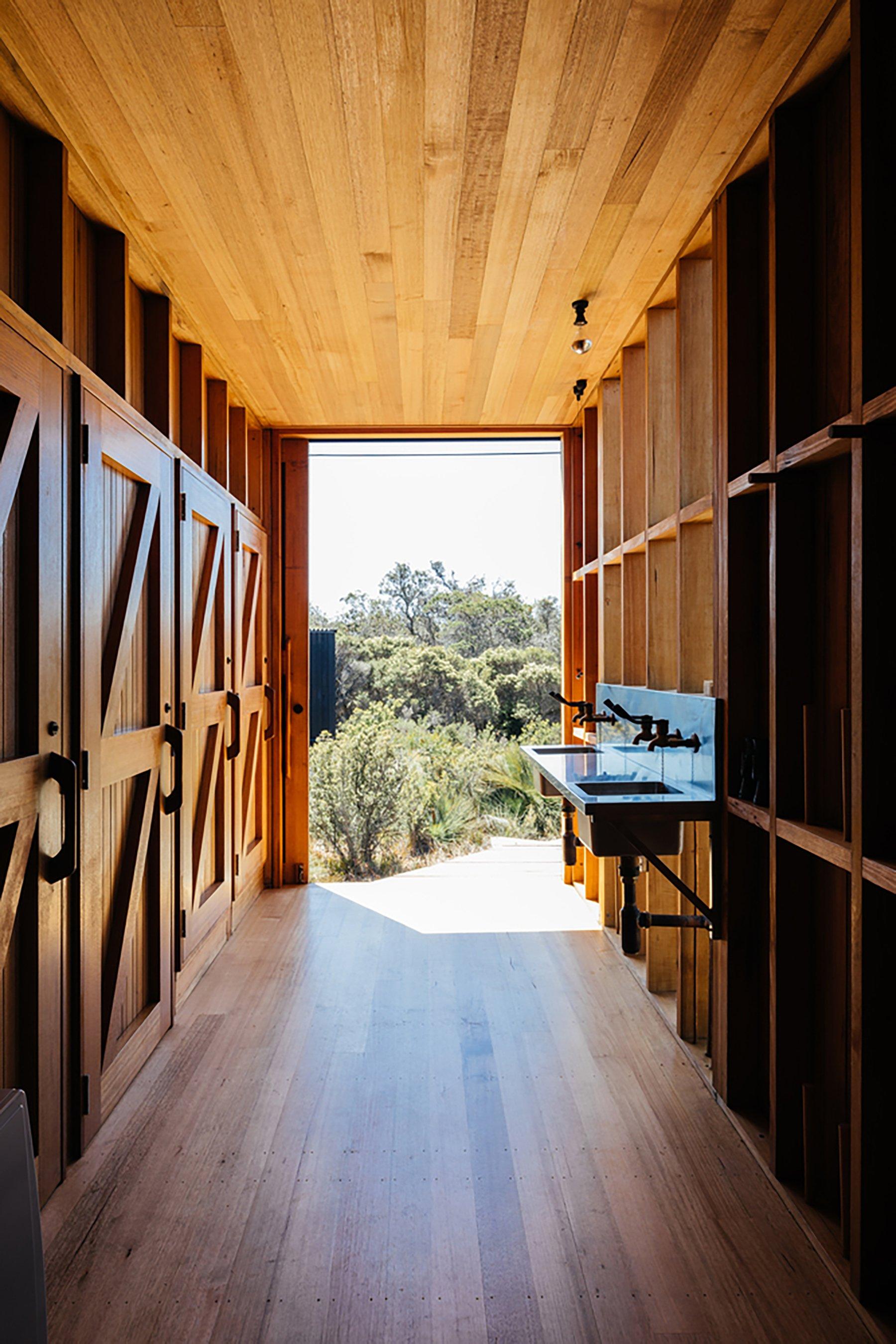 iGNANT-Architecture-Taylor-Hinds-Krakani-Lumi-011