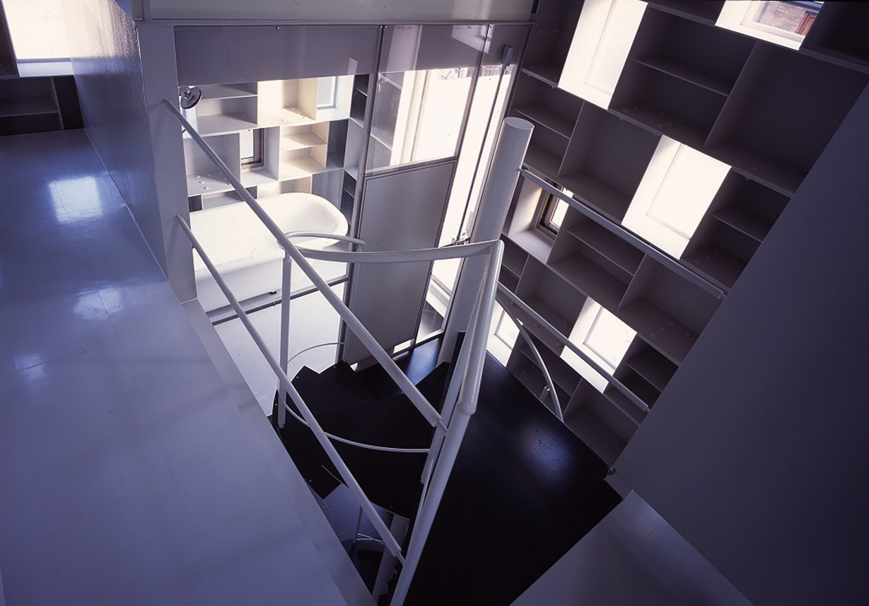 iGNANT-Architecture-Tekuto-Cell-Bars-02