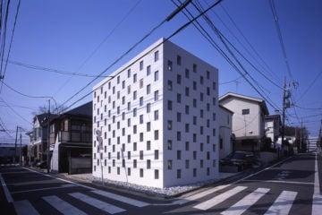iGNANT-Architecture-Tekuto-Cell-Bars-20