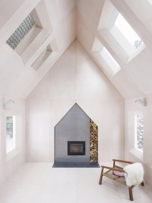 iGNANT-Architecture-UUfie-The-Lake-Cottage-01