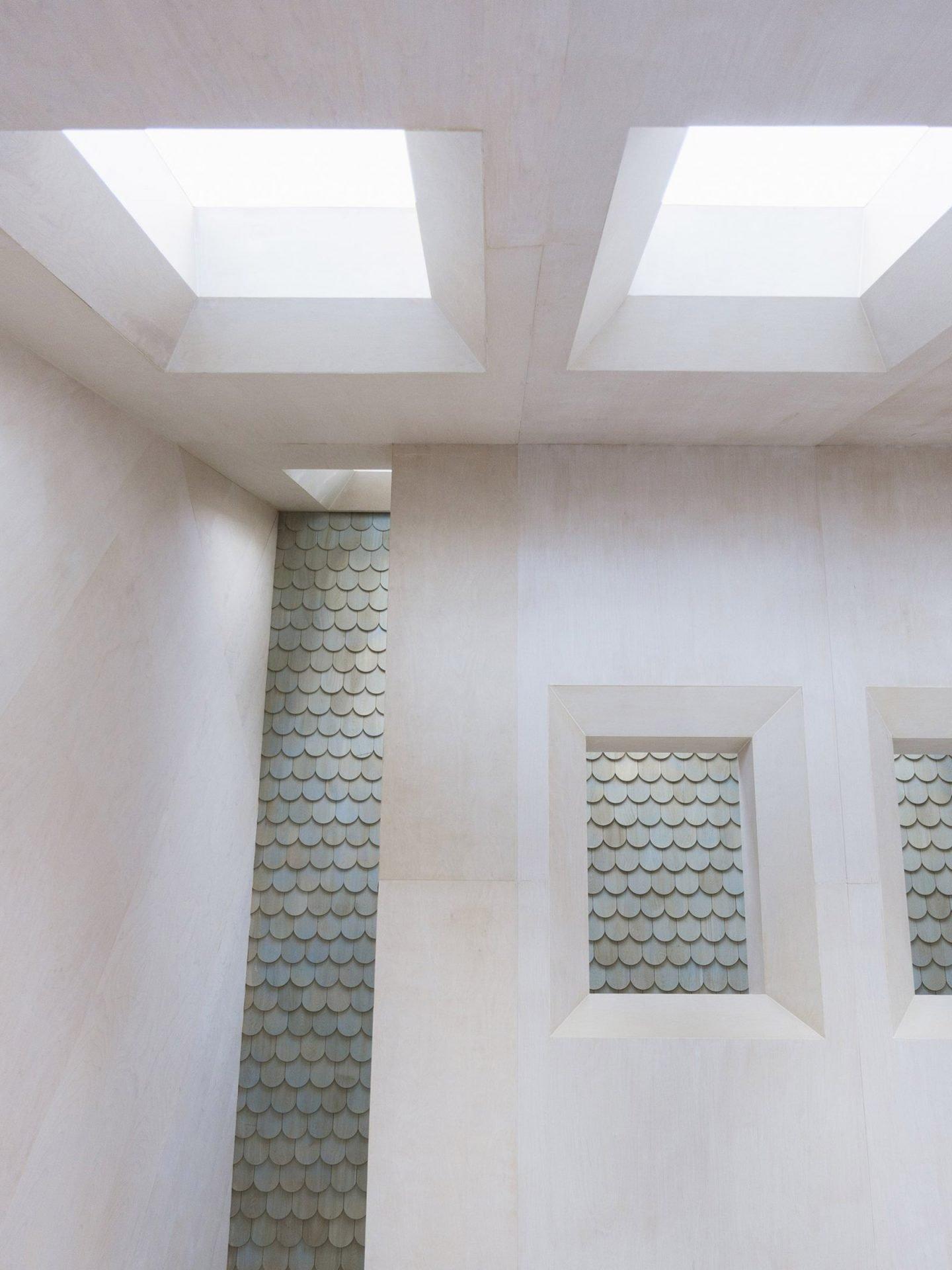 iGNANT-Architecture-UUfie-The-Lake-Cottage-02